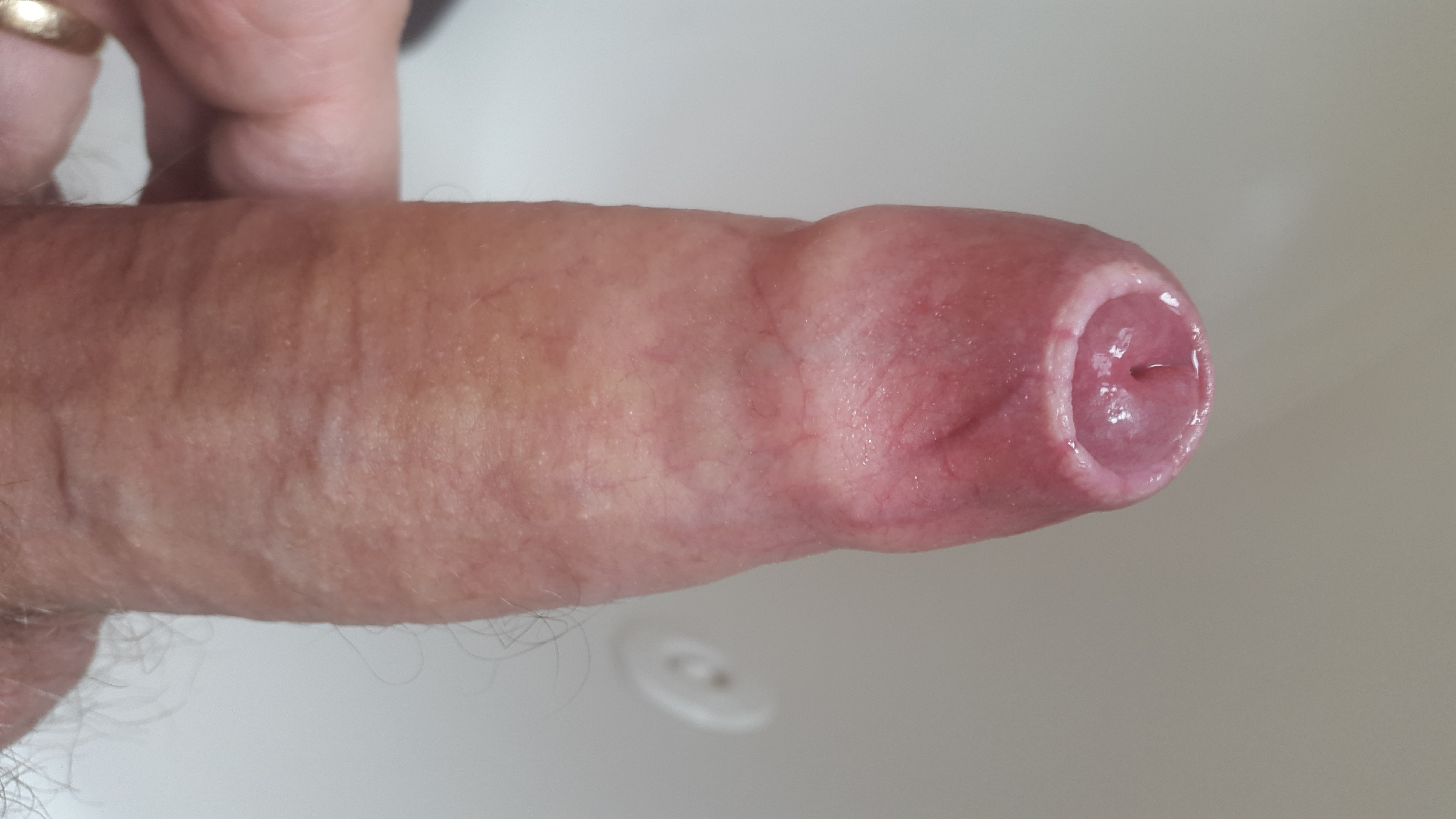 Men eating cum from womens pussy